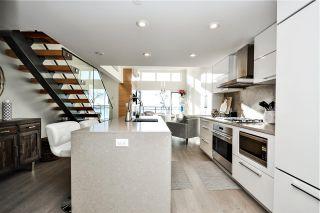 Photo 2: 303 1150 OXFORD Street: White Rock Condo for sale (South Surrey White Rock)  : MLS®# R2521411