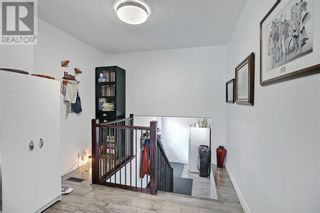 Photo 5: 4904 50 Avenue in Mirror: House for sale : MLS®# A1133039