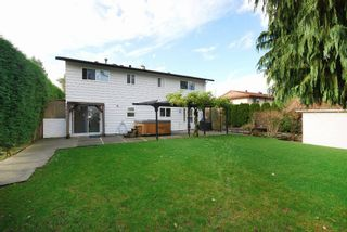 """Photo 15: 11544 WILDWOOD Crescent in Pitt Meadows: South Meadows House for sale in """"WILDWOOD PARK"""" : MLS®# R2123509"""