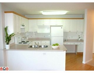 """Photo 3: 232 22150 48TH Avenue in Langley: Murrayville Condo for sale in """"EAGLECREST"""" : MLS®# F1003427"""