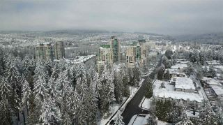 """Photo 10: 2709 3093 WINDSOR Gate in Coquitlam: New Horizons Condo for sale in """"THE WINDSOR BY POLYGON"""" : MLS®# R2340813"""