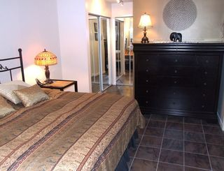 Photo 11: 210 14965 Marine Dr in Pacifica: Home for sale