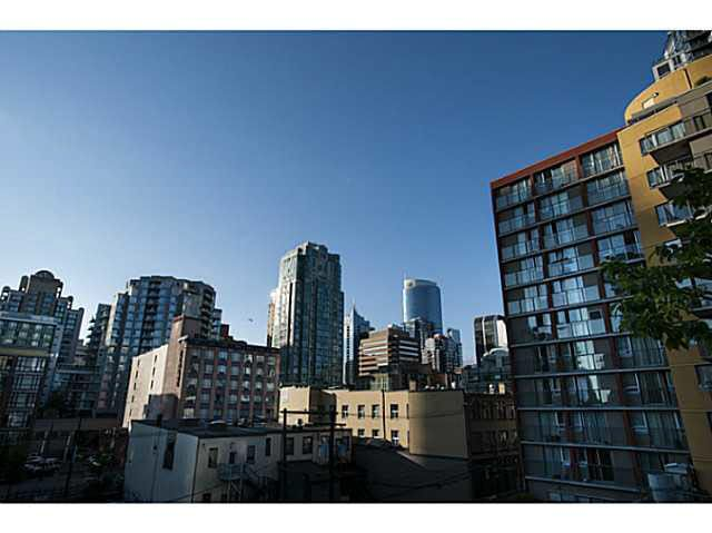 """Photo 8: Photos: 315 1255 SEYMOUR Street in Vancouver: Downtown VW Townhouse for sale in """"The Elan"""" (Vancouver West)  : MLS®# V1077114"""