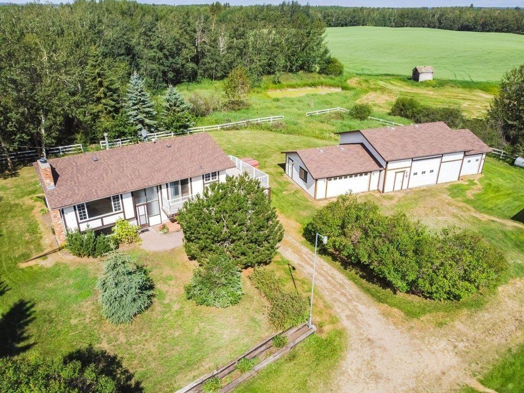 Main Photo: 58208 Range Road 240: Rural Sturgeon County House for sale : MLS®# E4260010
