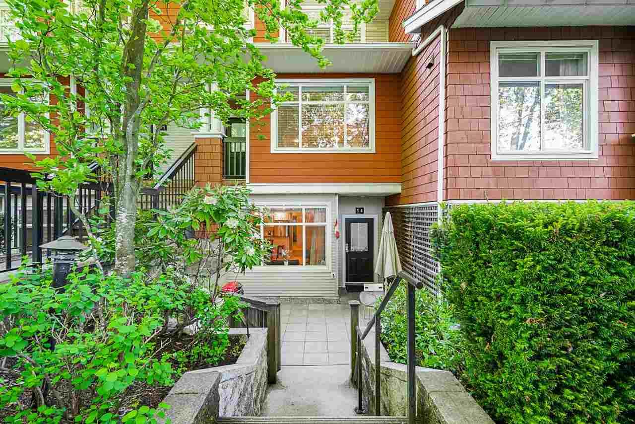 """Main Photo: 54 6878 SOUTHPOINT Drive in Burnaby: South Slope Townhouse for sale in """"CORTINA"""" (Burnaby South)  : MLS®# R2580296"""