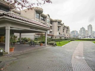 """Photo 18: 408 525 WHEELHOUSE Square in Vancouver: False Creek Condo for sale in """"HENLEY COURT"""" (Vancouver West)  : MLS®# R2123953"""