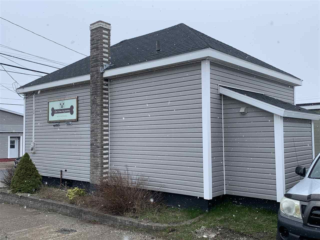 Photo 4: Photos: 3320 Plummer Avenue in New Waterford: 204-New Waterford Residential for sale (Cape Breton)  : MLS®# 202007536