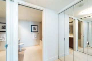 """Photo 10: 807 590 NICOLA Street in Vancouver: Coal Harbour Condo for sale in """"Cascina"""" (Vancouver West)  : MLS®# R2053139"""