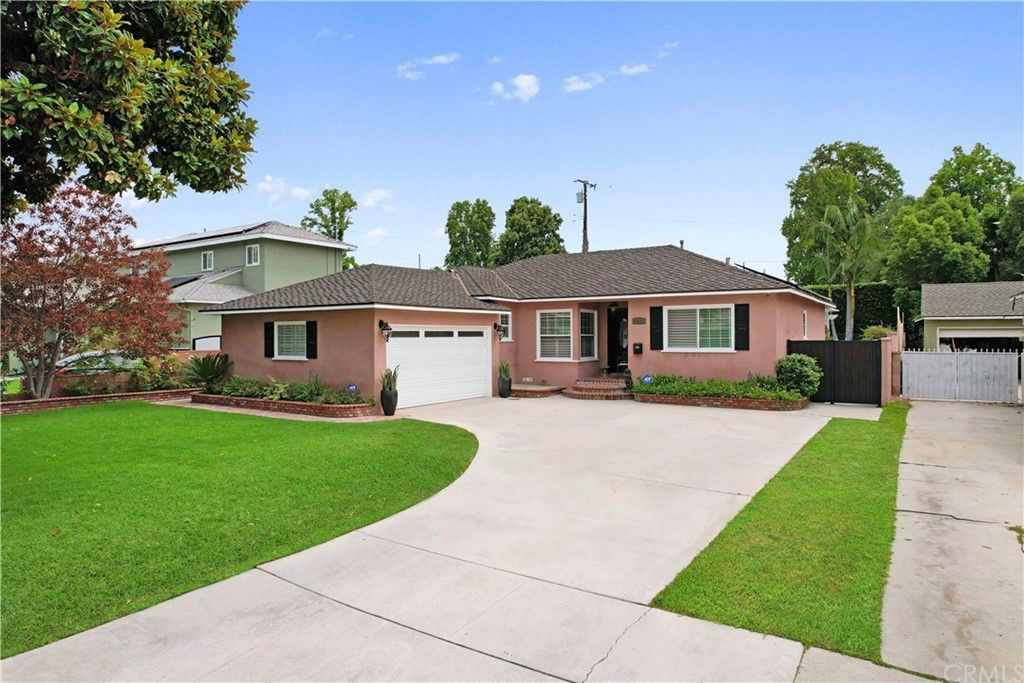 Main Photo: 10434 Pounds Avenue in Whittier: Residential for sale (670 - Whittier)  : MLS®# PW21179431