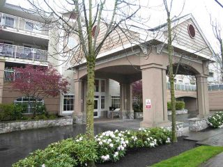"""Photo 1: 329 19750 64 Avenue in Langley: Willoughby Heights Condo for sale in """"Davenport"""" : MLS®# R2352435"""