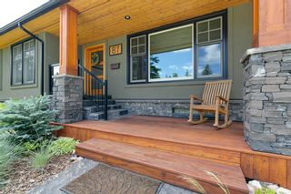 Photo 4: 87 Wildwood Drive SW in Calgary: Wildwood Detached for sale : MLS®# A1126216