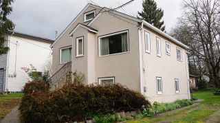Photo 10: 210 BERNATCHEY Street in Coquitlam: Coquitlam West House for sale : MLS®# R2041025
