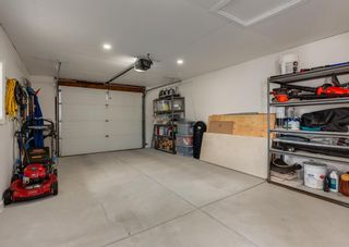 Photo 34: 425 Woodland Crescent SE in Calgary: Willow Park Detached for sale : MLS®# A1149903