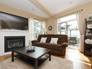 Photo 2: 1 2311 Watkiss Way in VICTORIA: VR Hospital Row/Townhouse for sale (View Royal)  : MLS®# 821869