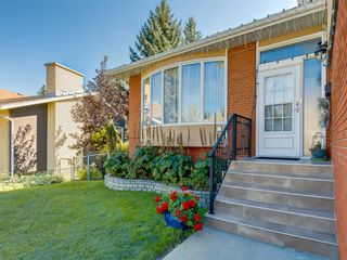 Photo 4: 3711 Underhill Place NW in Calgary: University Heights Detached for sale : MLS®# A1057378