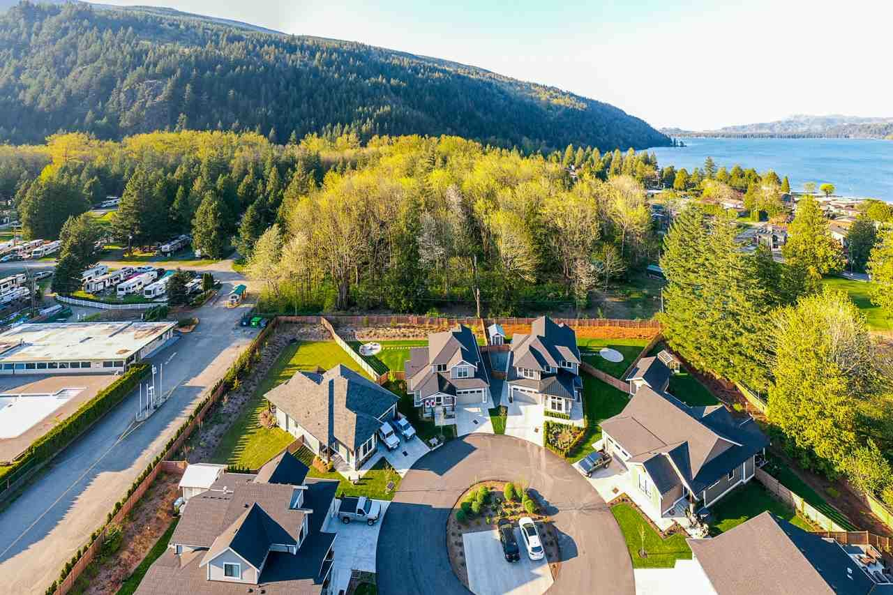 """Photo 21: Photos: 65 1885 COLUMBIA VALLEY Road in Cultus Lake: Lindell Beach House for sale in """"AQUADEL CROSSING"""" : MLS®# R2570791"""