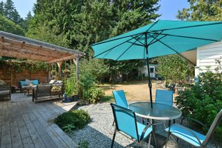 """Photo 25: 1576 ISLANDVIEW Drive in Gibsons: Gibsons & Area House for sale in """"Woodcreek Park"""" (Sunshine Coast)  : MLS®# R2624169"""