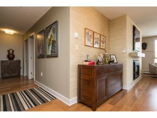 """Photo 8: 407 15111 RUSSELL Avenue: White Rock Condo for sale in """"PACIFIC TERRACE"""" (South Surrey White Rock)  : MLS®# R2181826"""
