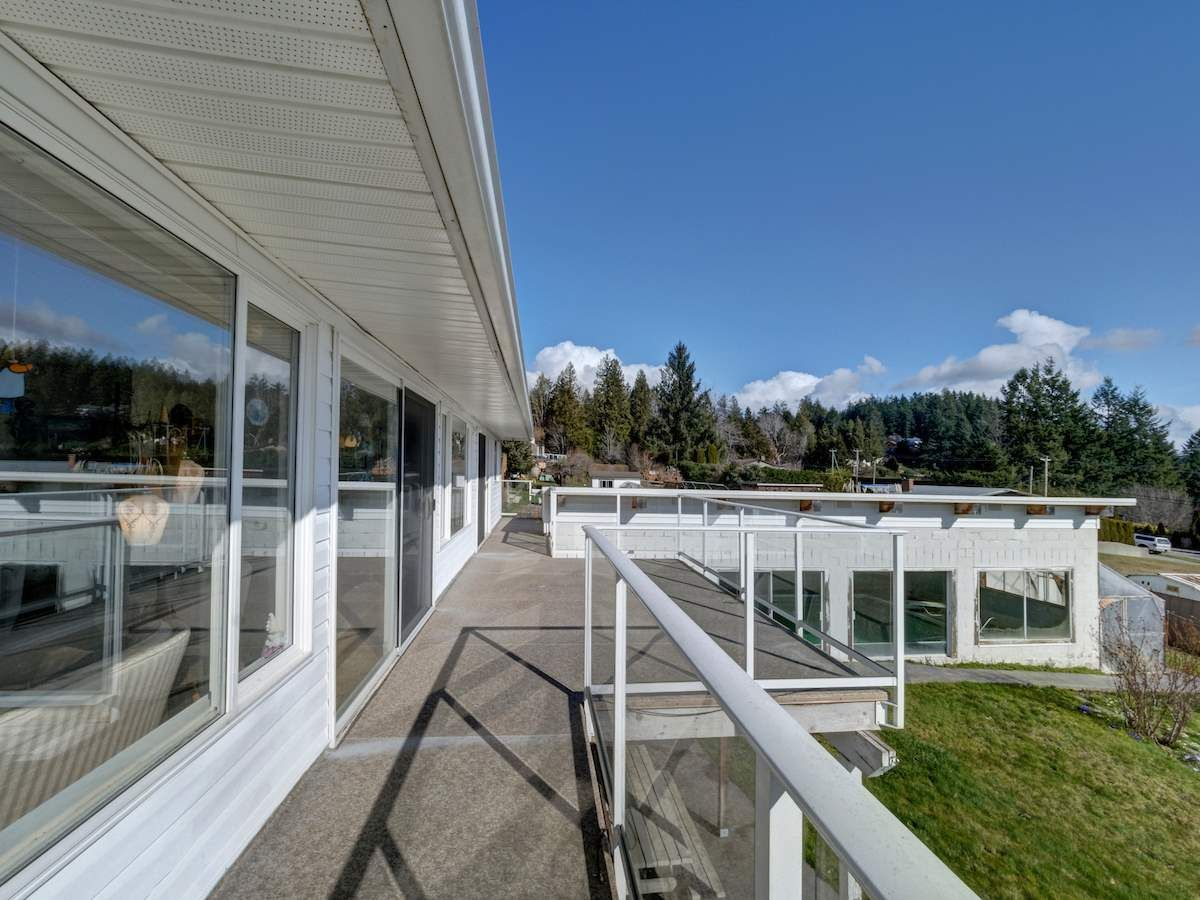 Photo 25: Photos: 1536 THOMPSON Road in Gibsons: Gibsons & Area House for sale (Sunshine Coast)  : MLS®# R2597890