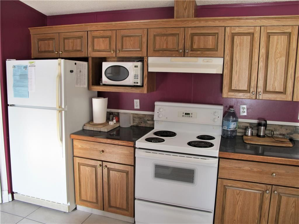 Photo 12: Photos: : St Laurent Residential for sale (R19)  : MLS®# 1905086