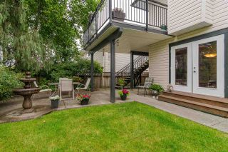 Photo 17: 8839 214 Place in Langley: Walnut Grove House for sale : MLS®# R2374521
