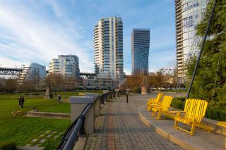 "Photo 36: 802 638 BEACH Crescent in Vancouver: Yaletown Condo for sale in ""ICON"" (Vancouver West)  : MLS®# R2511968"