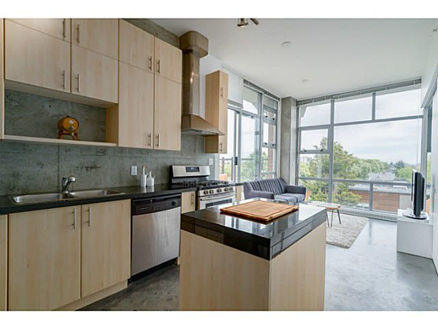 """Photo 4: Photos: 402 2635 PRINCE EDWARD Street in Vancouver: Mount Pleasant VE Condo for sale in """"SOMA"""" (Vancouver East)  : MLS®# V1123501"""