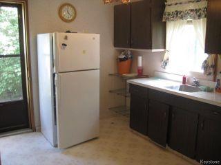 Photo 5: 631 Chalmers Avenue in Winnipeg: East Kildonan Residential for sale (North East Winnipeg)  : MLS®# 1614752