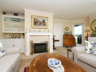 Photo 3: 301 11 Cooperage Pl in : VW Songhees Condo for sale (Victoria West)  : MLS®# 866451