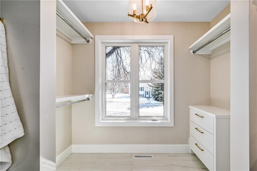 Photo 26: Photos: 5039 BULYEA Road NW in Calgary: Brentwood Detached for sale : MLS®# A1047047