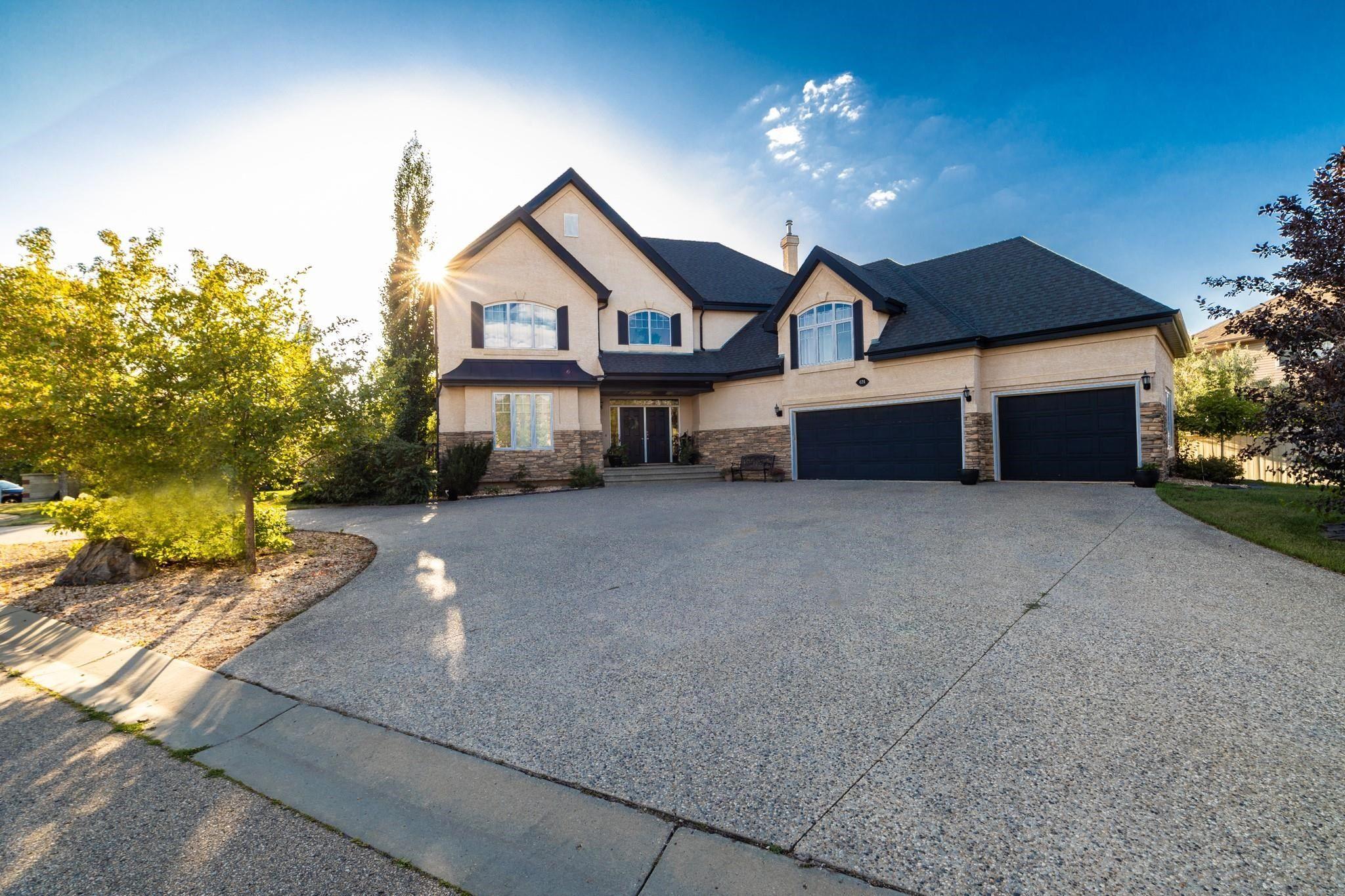 Main Photo:  in Edmonton: Zone 20 House for sale : MLS®# E4260292