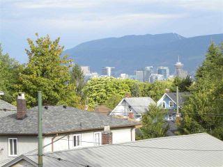 "Photo 23: 2838 - 2840 FRASER Street in Vancouver: Mount Pleasant VE House for sale in ""MT PLEASANT"" (Vancouver East)  : MLS®# R2487518"