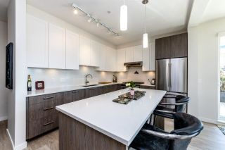 Photo 4: 212 123 W 1ST Street in North Vancouver: Lower Lonsdale Condo for sale : MLS®# R2349448