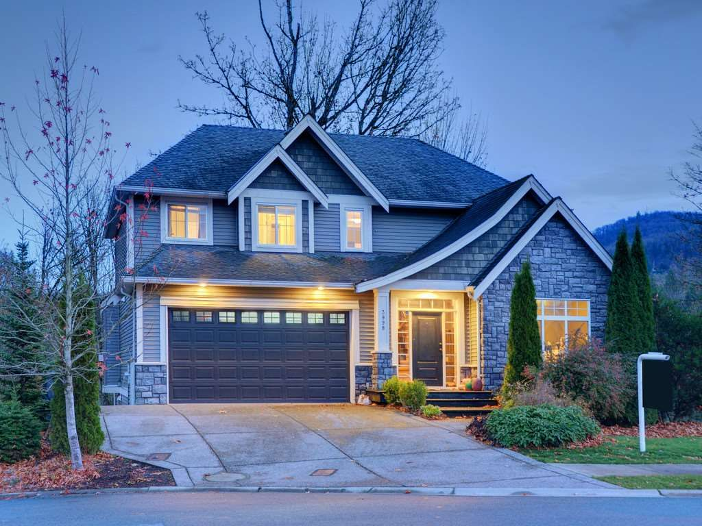 """Photo 13: Photos: 3998 CAVES Court in Abbotsford: Abbotsford East House for sale in """"SANDY HILL"""" : MLS®# R2222568"""