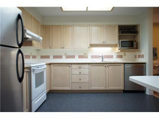 Photo 8: # 205 6735 STATION HILL CT in Burnaby: South Slope Condo for sale (Burnaby South)  : MLS®# V1068430