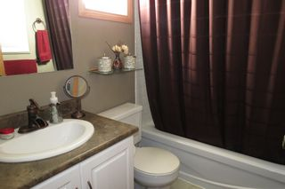 Photo 13: 28 Rothshire Drive in Winnipeg: Transcona Residential for sale ()