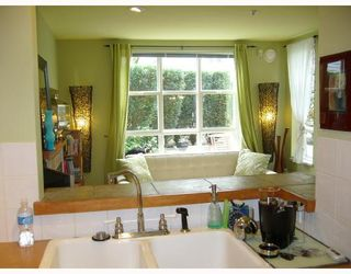 """Photo 7: 106 675 W 7TH Avenue in Vancouver: Fairview VW Condo for sale in """"THE IVY'S"""" (Vancouver West)  : MLS®# V697927"""