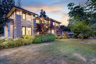 Photo 3: 3885 SUNSET Boulevard in North Vancouver: Edgemont House for sale : MLS®# R2617512