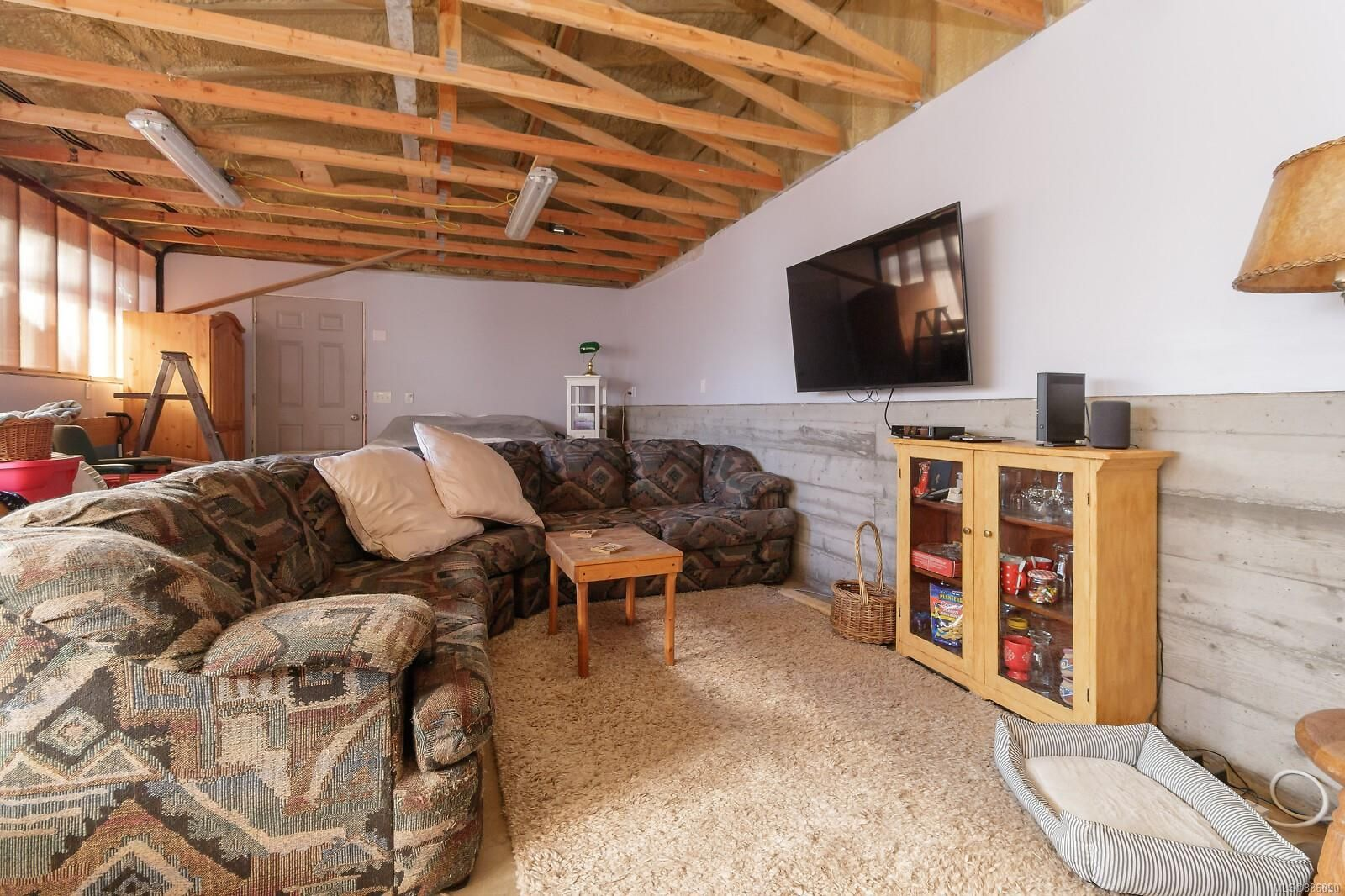 Photo 24: Photos: 4553 Blenkinsop Rd in : SE Blenkinsop House for sale (Saanich East)  : MLS®# 886090