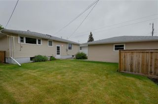 Photo 18: 2427 37 Street SW in Calgary: Glendale Detached for sale : MLS®# C4201043