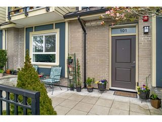 """Photo 2: 101 3488 SEFTON Street in Port Coquitlam: Glenwood PQ Townhouse for sale in """"SEFTON SPRINGS"""" : MLS®# R2572940"""