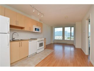 Photo 3: 1505 505 Talyor Street in Vancouver: Downtown Condo for sale (Vancouver West)  : MLS®# V1074531