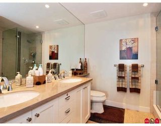 """Photo 7: 202 14824 N BLUFF Road in White_Rock: White Rock Condo for sale in """"BELAIRE"""" (South Surrey White Rock)  : MLS®# F2800823"""