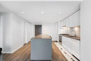 """Photo 7: 2705 5883 BARKER Avenue in Burnaby: Metrotown Condo for sale in """"ALDYNE ON THE PARK"""" (Burnaby South)  : MLS®# R2453440"""