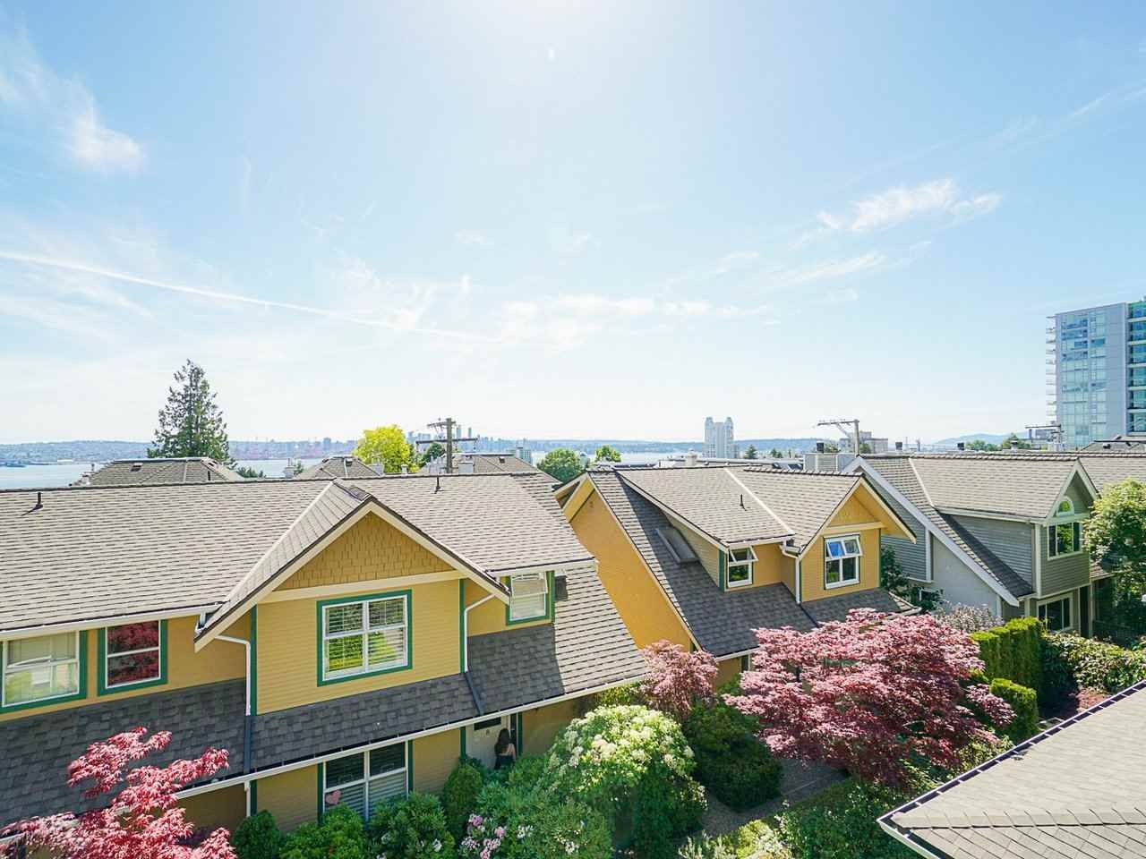 """Photo 37: Photos: 4 235 E KEITH Road in North Vancouver: Lower Lonsdale Townhouse for sale in """"Carriage Hill"""" : MLS®# R2471169"""