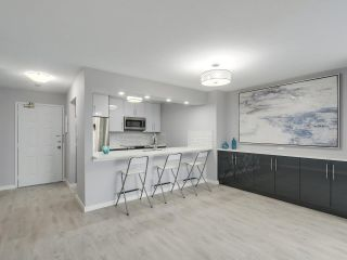"""Photo 6: 113 1150 QUAYSIDE Drive in New Westminster: Quay Condo for sale in """"Westport"""" : MLS®# R2255173"""