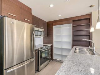 """Photo 7: 306 2959 GLEN Drive in Coquitlam: North Coquitlam Condo for sale in """"THE PARC"""" : MLS®# R2111065"""