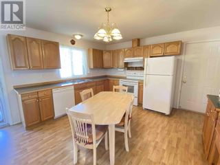 Photo 8: 858 SPRUCE AVENUE in 100 Mile House: House for sale : MLS®# R2596577