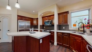 Photo 8: 412 AINSLIE Crescent in Edmonton: Zone 56 House for sale : MLS®# E4255820