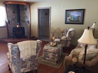 Photo 3: 12796 262 STREET in Maple Ridge: Websters Corners House for sale : MLS®# R2346923
